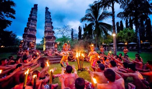 4D3N Bali Dinner Cruise Tour Package - Indonesia Travels